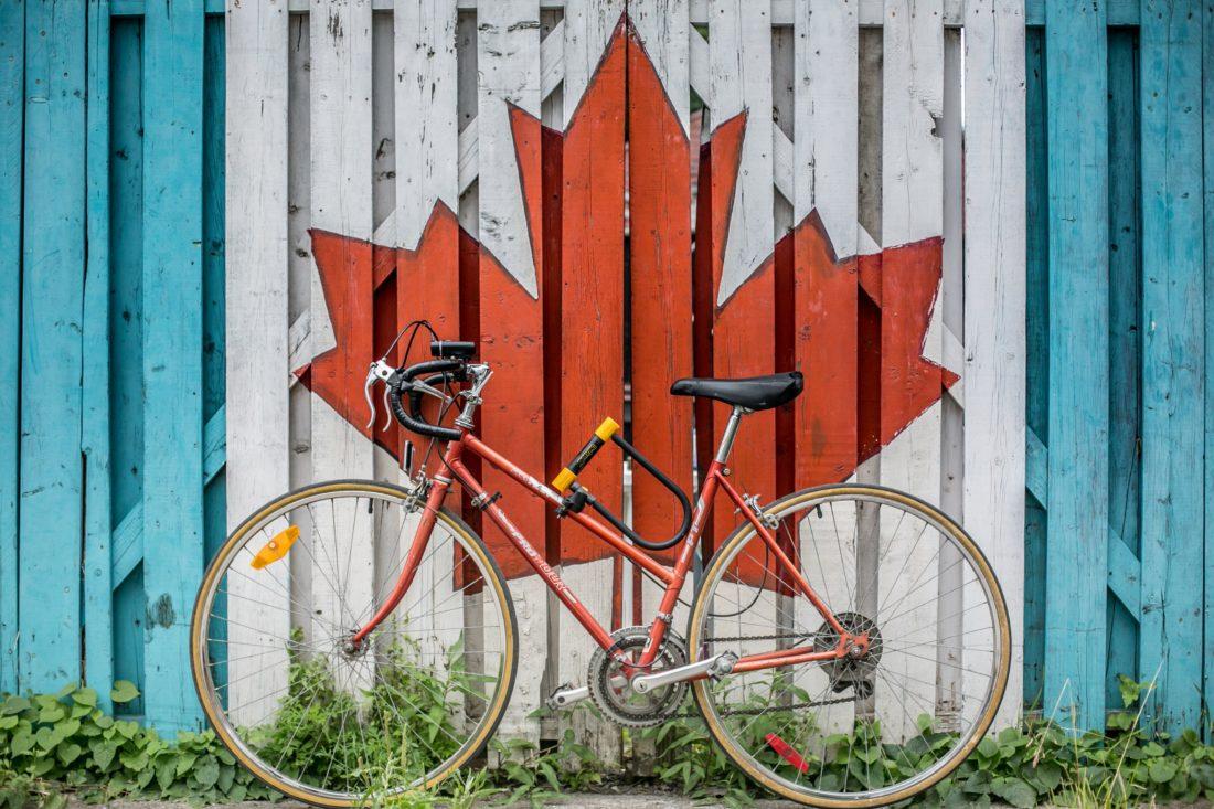 【厳選比較2019】カナダで自分のスマホ携帯をすぐに使う方法とインターネット環境について